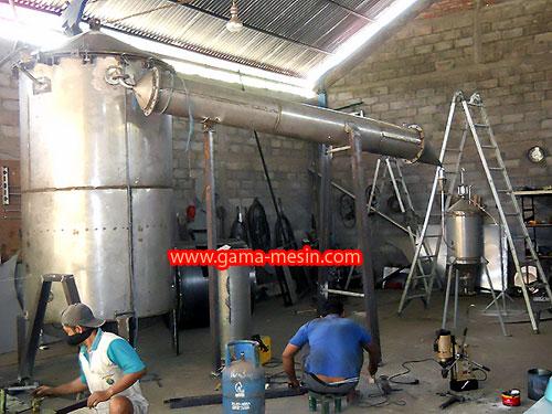 Penyuling/Destilasi Cengkeh Nilam