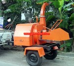 Mesin Wood Chipper (pencacah kayu)